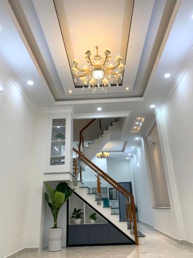 Bán nhà đẹp 4 tầng ngay Lê Văn Chí, Quận Thủ Đức, giá 7.599 tỷ