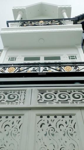 Cần bán nhà đẹp mới xây, 4 tầng, Lương Văn Can, hẻm 4m (5m x 8m), (3m x 14m) giá: 3.150 tỷ