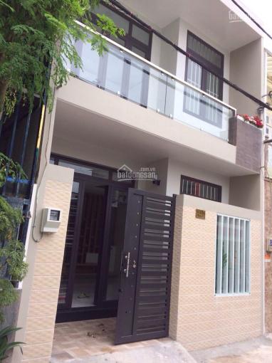 Bán gấp căn nhà mặt tiền hẻm 111, đường 385, Lê Văn Việt, Quận 9, TP.HCM, đại hạ giá