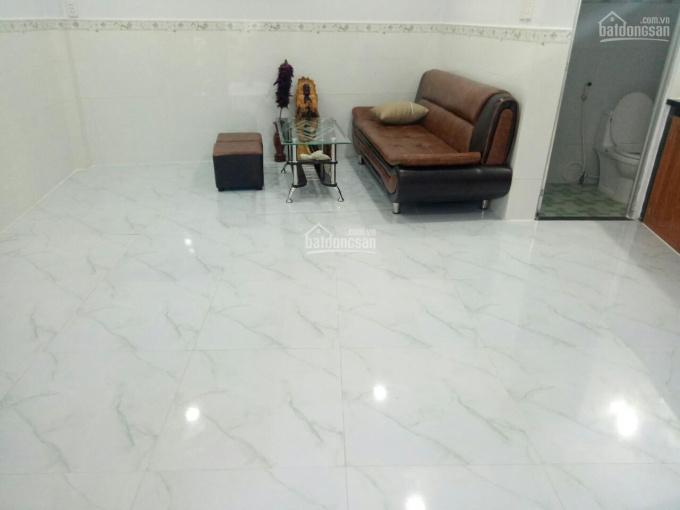 Cho thuê nhà mới đẹp Phạm Văn Chiêu, gần chợ Thạch Đà