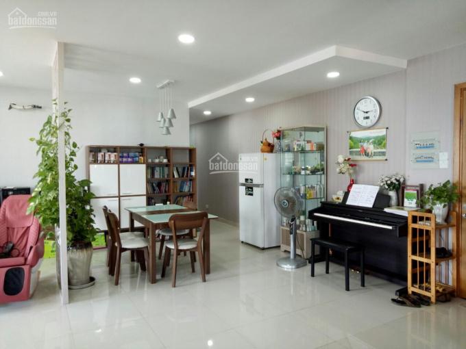 Cần bán căn hộ Valeo 109m2, 3PN, giá 3.45tỷ view đẹp