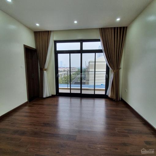 Cho thuê biệt thự Starlake dãy H11, đã hoàn thiện full đồ nội thất, view hồ - LH: 0965800948