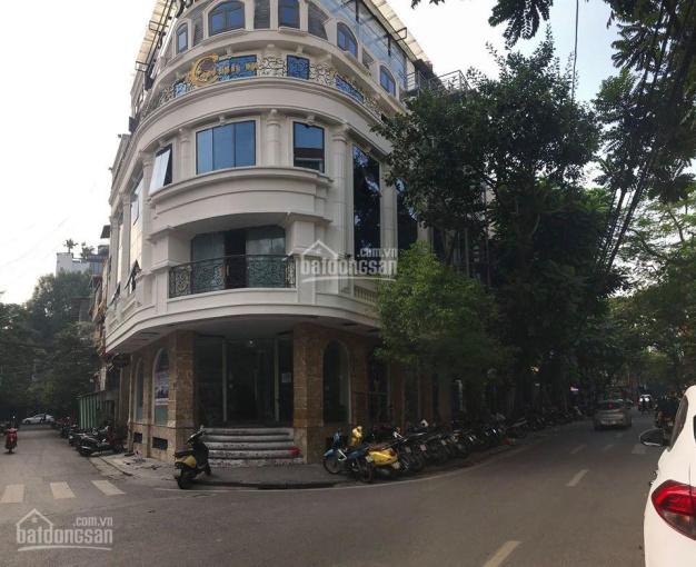 Cho thuê nhà 20 Hàng Tre, lô góc đẳng cấp đẹp nhất phố, 100m2 x 6 tầng, 2 mặt tiền 10m, thang máy
