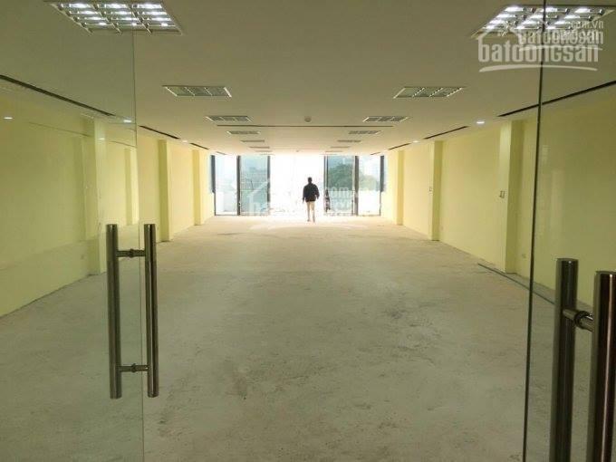 Cho thuê mặt bằng 142 Nguyễn Tuân, Thanh Xuân. DT 85m2, MT 5,5m xây 5 tầng, giá 40tr/th