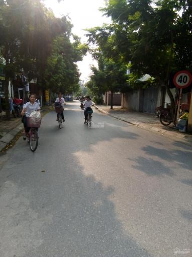 Bán đất mặt ngõ 42 phố Sài Đồng đường 8m có vỉa hè đang kinh doanh. DT: 46,5m2 giá 5,5 tỷ