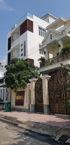 Chính chủ bán nhà MT phố Nguyễn Ảnh Thủ, Q.12. DT 5.1x21m, 4 tầng, giá 5.7 tỷ