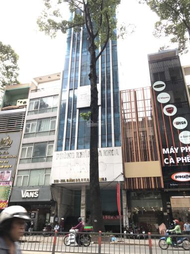 Cho thuê khách sạn đường Phó Đức Chính Quận 1, 10x20m, hầm trệt 11 lầu, 70P thang máy, giá 1,157 tỷ