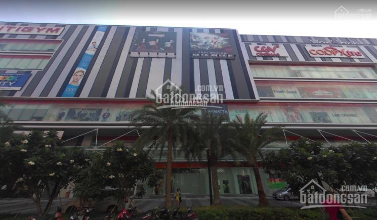 Cho thuê nguyên sàn 20x20m Vạn Hạnh Mall 555,36 triệu/tháng