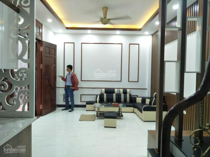 Bán nhà phố Lê Ngọc Hân, Hòa Mã, Hai Bà Trưng 52m2, 5 tầng full nội thất, cách phố 20m, giá 5.2 tỷ