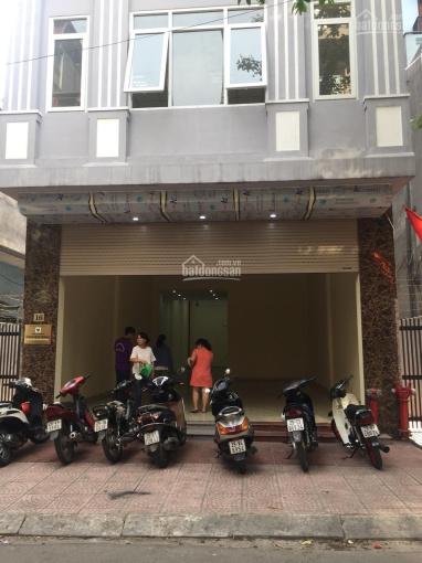 Cho thuê nhà MP Lạc Trung, 100m2, MT 6m, giá 40tr/th, vị trí đẹp, nhà thông sàn