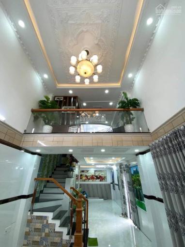 Bán nhà đường Bùi Đình Túy cách UBND P. 12 150m, 4.2x16m, 1 trệt 3 lầu