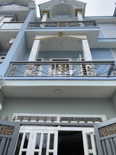 Nhà đẹp, 1 trệt 2 lầu, ngay KCN Vĩnh lộc, giá chỉ 1,83 tỷ