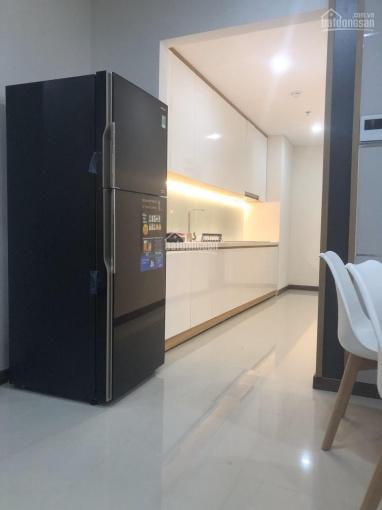 VIP cho thuê căn hộ VIP HaDo Centrosa, Q.10, HCM, 104m2, 2PN, giá 22tr/th. LH: 0764443875