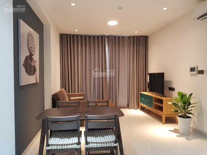 Cho thuê căn hộ Saigon Royal, 2 phòng ngủ, đầy đủ nội thất giá 19 triệu/tháng. LH: 090.8888.683