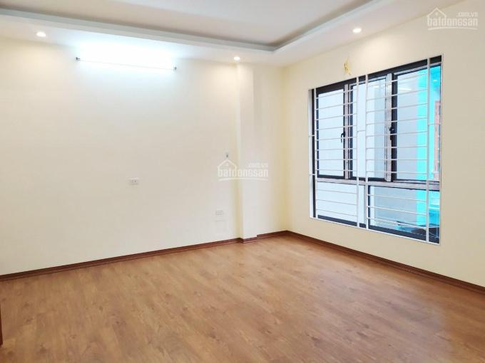Nhà mới 33m2x5 tầng Tương Mai ngõ thông Nguyễn An Ninh chỉ cách mặt phố 10m ô tô tránh đỗ 3,4 tỷ