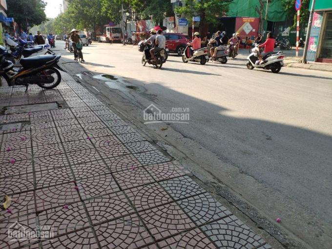 Nhà 02 tầng mặt phố Nguyễn Sơn, diện tích 46.5 m2, MT 3m, đường 10m, ô tô, kinh doanh sầm uất