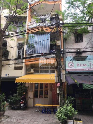 Cho thuê nhà mặt phố Lạc Trung, DT: 50m2 x 5 tầng, MT: 4m, phố rộng, thoáng dễ kinh doanh