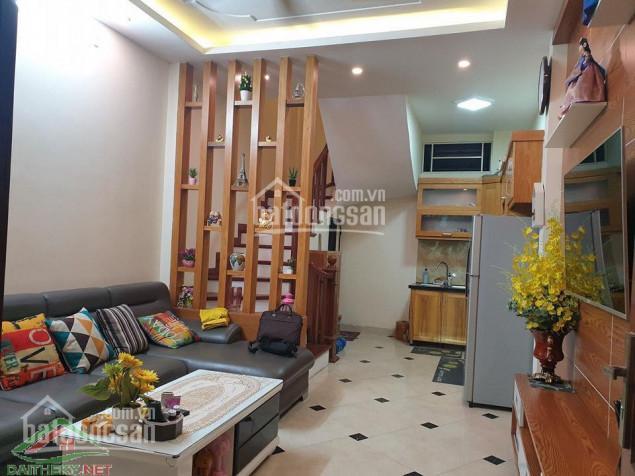 Bán gấp nhà Yên Hòa, Cầu Giấy. Nhà chính chủ 30m2, giá chỉ còn 2,9 tỷ