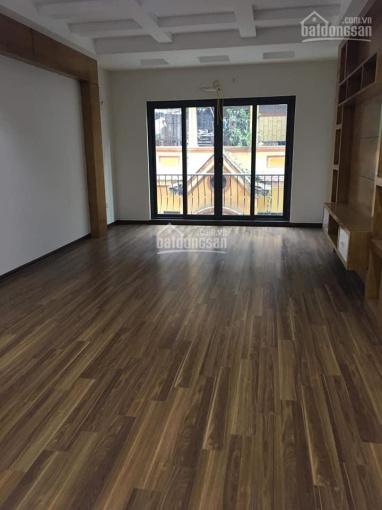 Cho thuê nhà 5 tầng thang máy trong ngõ 30 Trần Quang Diệu, DT 70m2 x 5 tầng, giá 35 tr/tháng
