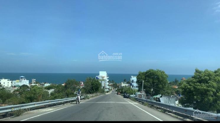 Bán nhà mặt đường Nguyễn Tấn Định khu phố tây phường Hàm Tiến mặt tiền 28m lô góc cách biển 100m