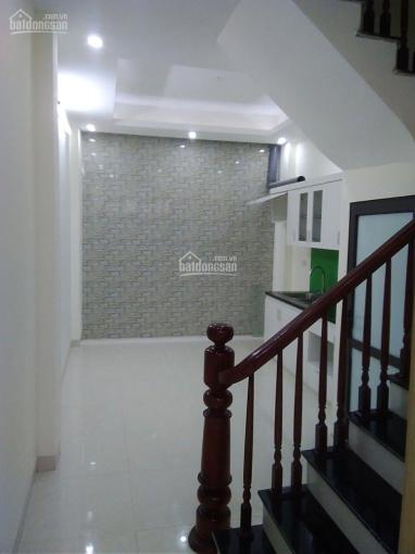 Gia đình tôi cần bán nhà tại phố Thanh Đàm, quận Hoàng Mai, Hà Nội, diện tích: 33,9m2 x 4 tầng