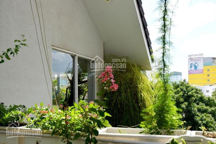 Bán biệt thự sân vườn mini, đường Mạc Đĩnh Chi, Phường Đa Kao, Quận 1, DTSD: ~350m2, giá 27 tỷ