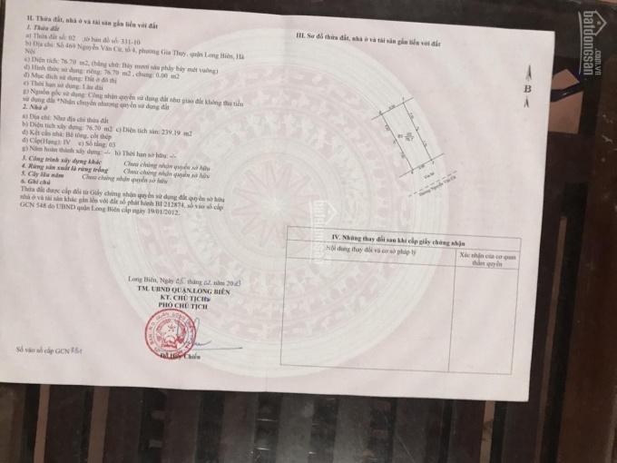 Chính chủ cần bán nhà 3 tầng mặt phố Nguyễn Văn Cừ, diện tích 76,7m2, giá 260tr/m2. LH: 0968418881