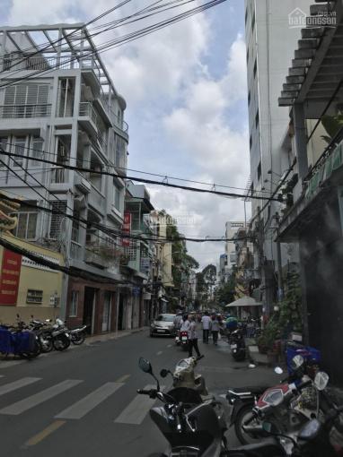 Bán nhà mặt tiền đường C1 - Nguyễn Quang Bích P. 13 Tân Bình. Nhà 4 tấm sang trọng, vào ở ngay