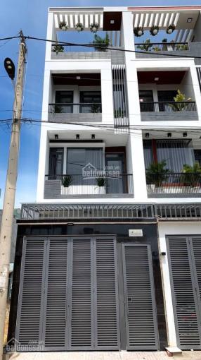 Bán nhà 4 lầu Phường Linh Trung, Thủ Đức, TP Hồ Chí Minh, đường rộng 8m có vỉa hè, LH: 0906.697.386