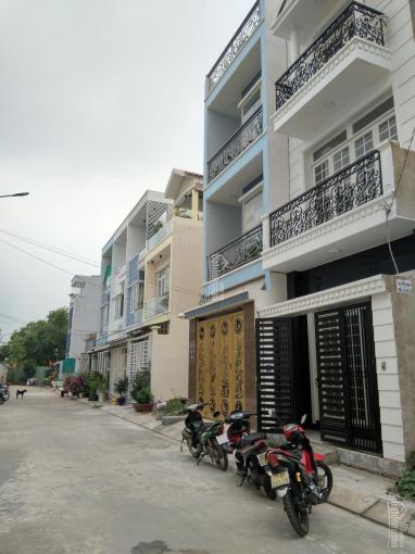 Bán nhà đường 21 Nguyễn Xiển sát Vinhomes Q9