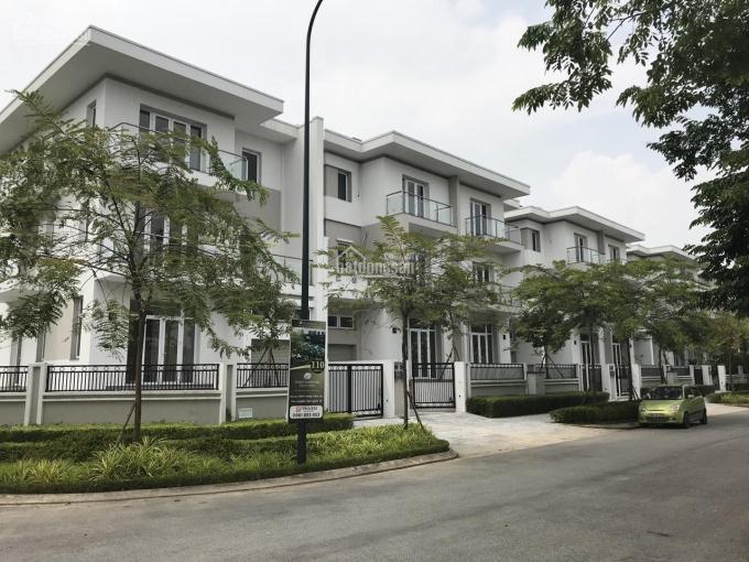 Bán Biệt thự khu K Ciputra căn 180m mặt tiền 9m, đường đôi 30m. Liên hệ xem thực tế: 0908943899