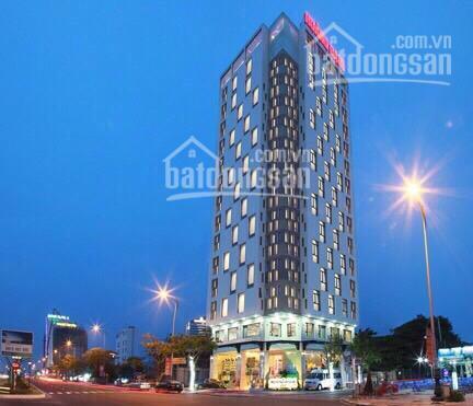 Bán khách sạn 4 sao MT Lý Tự Trọng, Bến Nghé, Q1: 20x32m, 3H, 18 tầng, 1 tầng kỹ thuật. Giá 900 tỷ