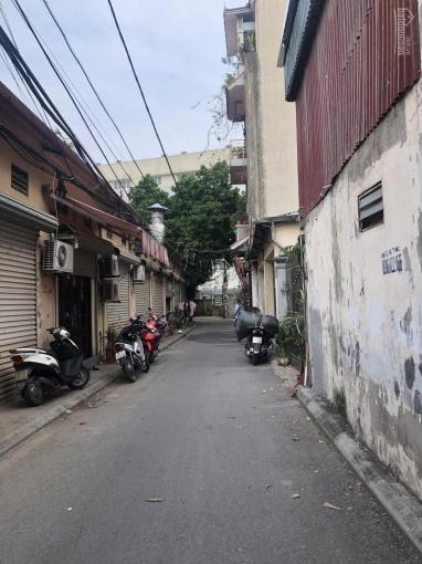 Cần bán gấp 142m2 đất ngõ phố Sài Đồng, cách cầu Vĩnh Tuy 700m, giá 43.5 triệu/m2
