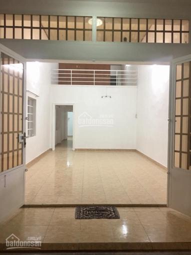 Cho thuê nhà nguyên căn mặt tiền hẻm rộng 7m, ngay cổng chung cư Mỹ Đức, gần Thị Nghè, Hàng Xanh