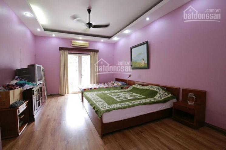 Cho thuê nhà riêng phố Thái Hà DT 65m2 x 4T, MT 5m, ô tô vào tận nhà, đủ đồ, giá 25 triệu/th