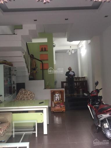 Bán nhà đúc 2 tấm ngay chợ Hiệp Bình, cách Phạm Văn Đồng 200m