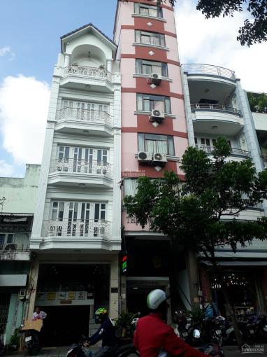 Chính chủ hạ giá bán khách sạn ngay MT Ký Con - Lê Thị Hồng Gấm, Quận 1 8 tầng TM/150tr 0798334668