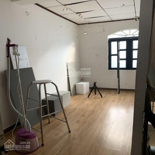 Cho thuê nhà hẻm xe ô tô, mới sửa, 1 sẹc, đường Trần Khánh Dư, Phường Tân Định, Quận 1