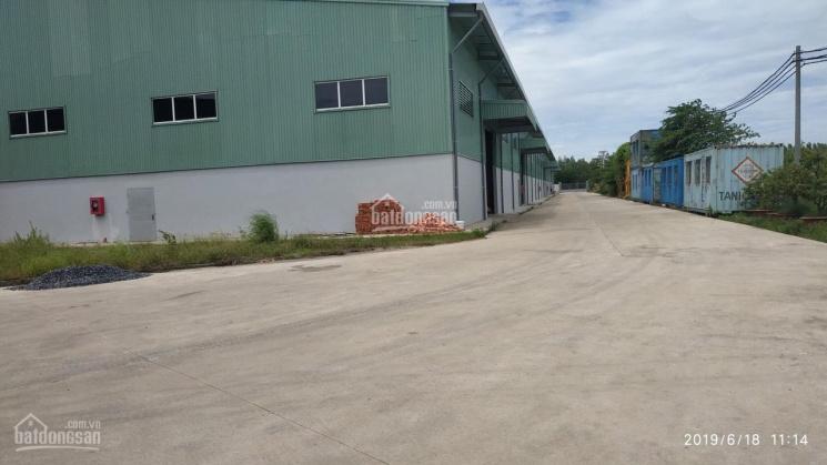 Cho thuê kho xưởng sản xuất mặt tiền đường  trục chính trong KCN Phú An Thạnh, Bến Lức, Long An