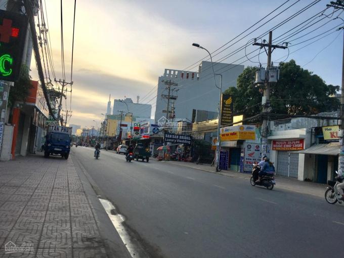 Bán nhà 2 mặt tiền đường Trần Văn Giàu (Tỉnh Lộ 10) Bình Chánh 550m2, giá rẻ