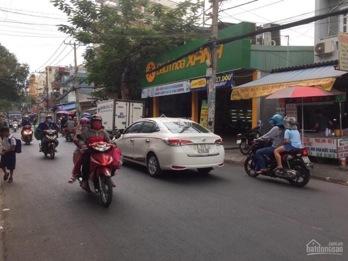 Mặt tiền đường Tân Hương, gần chợ, DT 5.8x14m, cấp 4. Giá 15.3 tỷ TL