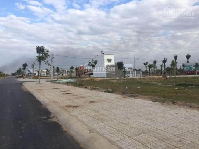 Bán đất MT đường Bưng Ông Thoàn, P. Phú Hữu, Quận 9. Sổ riêng, giá chỉ 1.6tỷ/80m2. LH 0933900329