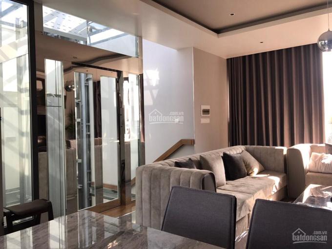 Định cư nước ngoài nên bán biệt thự phong cách Châu Âu 1 trệt 2 lầu KDC Nam Long, nội thất cao cấp
