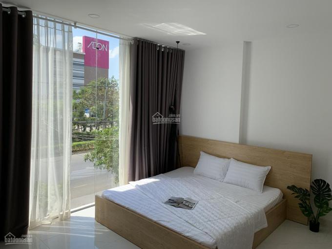 Cho thuê phòng ban công 32m2 bao phí, đầy đủ nội thất, đối diện siêu thị Aeon Mall Bình Tân