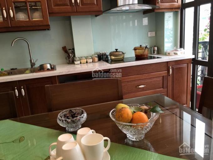 Cho thuê CH tầng 5 phố Lạc Trung, full nội thất, giá 4tr/tháng, LH: A Sơn 0906078693