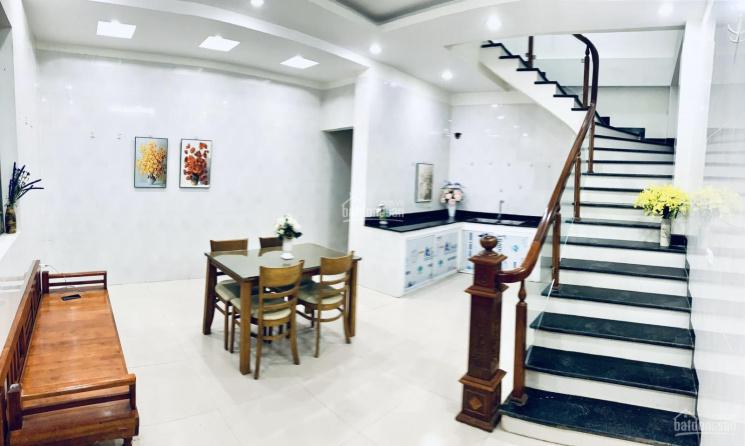 Cho thuê nhà riêng 2 tầng tại phố Mễ Trì Thượng - Nam Từ Liêm - HN
