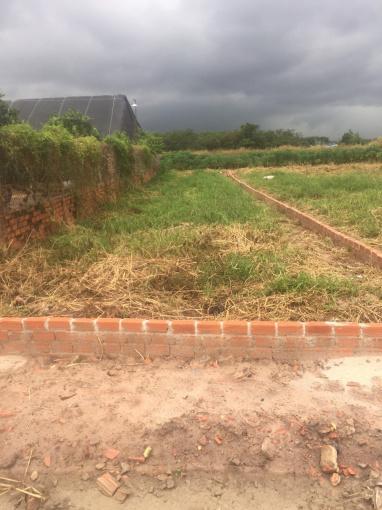 Chính chủ cần tiền bán lô đất 2 mặt tiền đường DT 150m2 TC 100% - 093717.25.35
