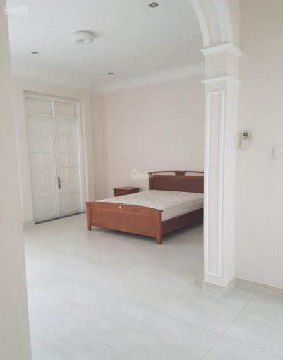 Cho thuê nhà trong hẻm đường Trường Sơn, Phường 2, Quận Tân Bình