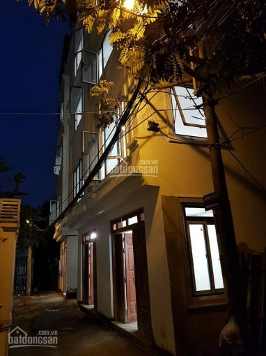 Chính chủ bán nhà tổ 14, Thạch Bàn, diện tích 32m2, ngõ ô tô đỗ cửa, giá chỉ từ 2,1 tỷ