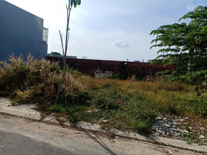 Bán gấp lô đất MTĐ Vĩnh Phú 20 Thuận An Bình Dương, SHR, XDTD, giá 1tỷ360 triệu/72m2. LH 0931868313